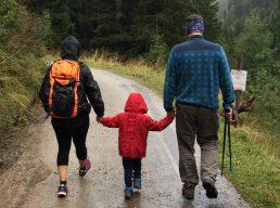 Família unida no planejamento financeiro